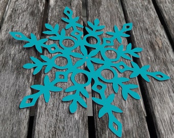 10 large paper snowflakes/winter Decoration/Window decoration (14 x 14 cm)