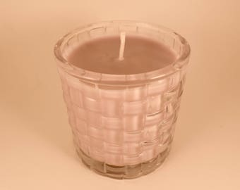 Ellie Saab, Lilac, Soy Wax Candle in a Clear Patterned Glass