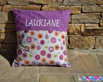 Removable cushion 40 x 40 cm customizable to the child's name