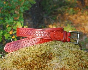 Handmade Leather stamped Belt. Left-Right handed (With your initials on the back side).