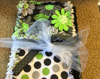 Baby girl lime green and black rag quilt!
