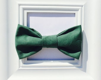 Forest Green Bow tie, St. Patrick's Day Bow tie, Baby boy bow tie, green bowtie, baby bow ties, bow ties for boys, clip on bow tie, bowtie