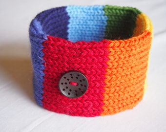 Woollen Hand Knitted Dog Collar in Rainbow with a Black Laser Cut Button (size L)