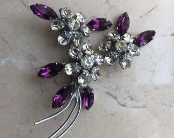1950s Purple Rhinestone Flower Brooch//Vintage Floral Brooch//1950s Rhinestone Jewelry//Mid Century Costume Brooch//Amethyst Crystal Jewelry