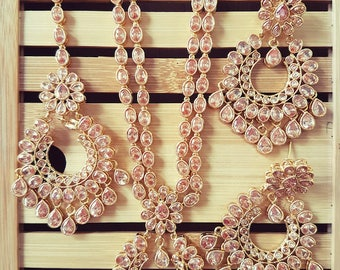 Gorgeous Indian polki bridal party wear necklace with mangtikka and earrings set (Short Version)