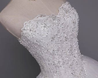 Dazzling Wedding Dress French Lace Ball Gown Wedding Dress Vestidos Wedding Dresses Sequenced Pearls and Crystal