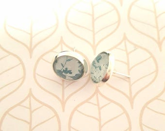 Blue and white flower 12mm glass dome stud earrings
