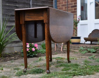 1920's Solid Oak Pad Foot Gateleg Table