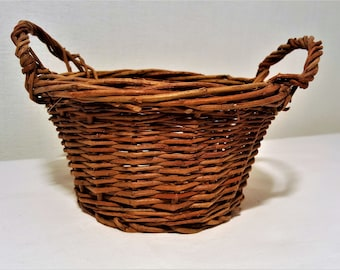 Pretty Little Rattan Basket
