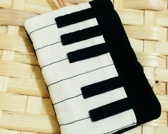 Piano key chain