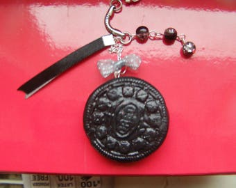 "Keychain ""oreo"" fimo ganache and black raspberry"