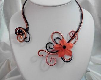 Necklace black and orange aluminum wire