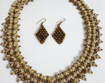 Luxurious beautiful swarovski necklace and earrings set handmade jewelry