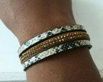 Rhinestone style leopard leather bracelet