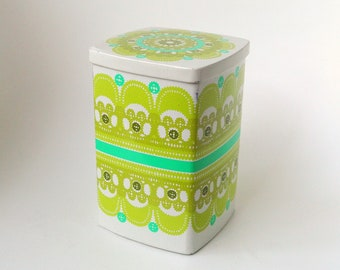 Ira Denmark Ethel von Horn square vintage tin container, white and green - paper cuit, lace - seventies colorful - 70's - retro