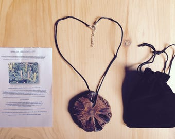 Banksia pendant, necklace, wooden jewellery, Banksia seed, Pendant, Banksia nut, handmade, craft, Jewellery, wooden jewelry, jewelry, crafts