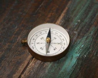 Vintage Brass Pocket Compass / Antique Pocket Compass