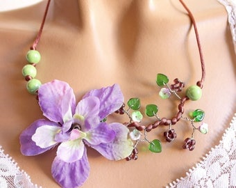 Purple and ceramic floral branch necklace green.