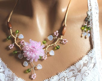 Jewelry set of floral pink green and Brown