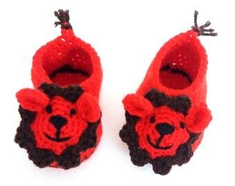 Lion baby booties crochet amigurumi