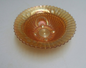 Carnival glass bowl (9 inches)