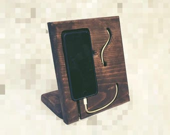 Custom IPhone Docking Station