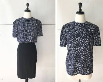 90s womens blouse size small   vintage patterned blouse   90s short sleeve top   90s womens clothing