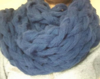 LARGE mesh trendy this winter scarf