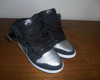 Nike Dunk SB (Blk Suede/Silver Leather) Sz 10