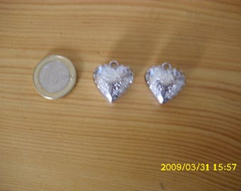 "set of 2 charms, imitation Silver ""heart"""
