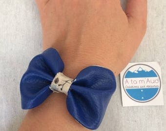 Navy blue bow adjustable linen bracelet