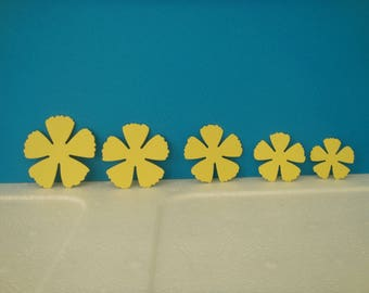 Set of 5 petals of light yellow flowers for scrapbooking and card