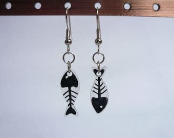 Fish bones earrings
