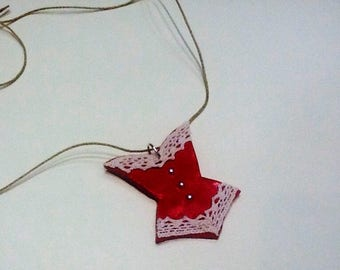 Retro red and ecru corset necklace