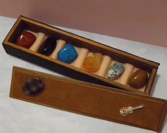 Coffret de collection de pierres minérales - pièce  unique -  en cuir  - garni de 6 Pierres Minérales - Collection de minéraux - Minéraux
