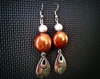Earrings desire from the East, Brown and silver beads, silver tone metal drop pendant