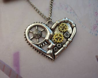 Necklace steampunk vintage mechanism Watch Gold and silver heart