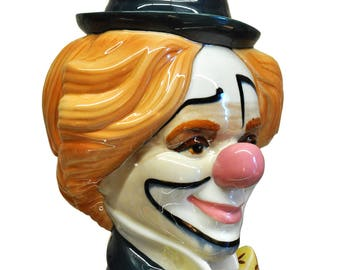 Valencia's porcelain Clown