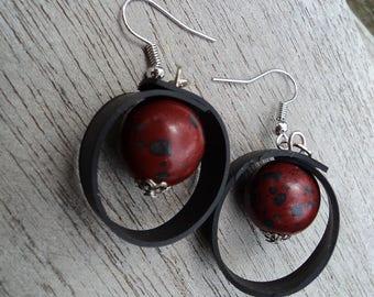 Stud Earrings in Burgundy and black beads and inner inner ethnic