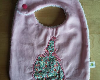 Pique cotton and applied Liberty snap bib