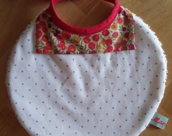 Elegant collar in Liberty bib