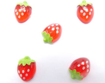 MIN 0188 A: 4 x mini Strawberry cabochon resin No. 2 for gourmet creations