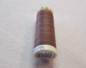 Sewing thread Brown n 444 Gütermann 100% polyester