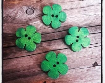set of 4 green 19x18mm wooden flower buttons