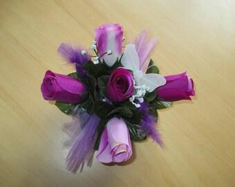 round table centerpiece, purple shades