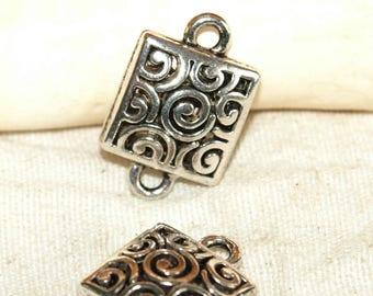 X 2 square connector filigree Tibetan silver 18 X 16 X 5 mm
