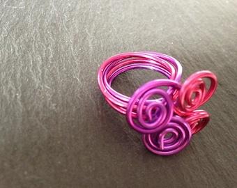 Purple and Fuchsia aluminum wire spiral ring