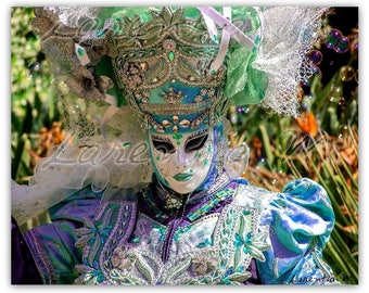 30X40cm Venice Carnival photo - Costume and mask typical in shades of blue