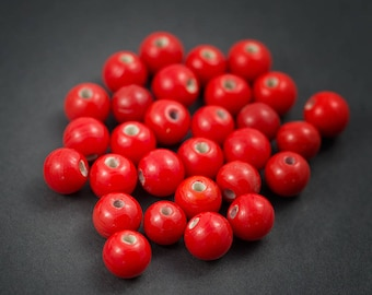 10 pcs - Indian glass beads, spacer • red opaque shiny • 8mm