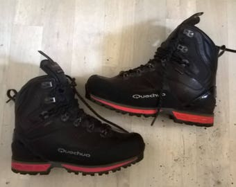 quechua hiking shoes